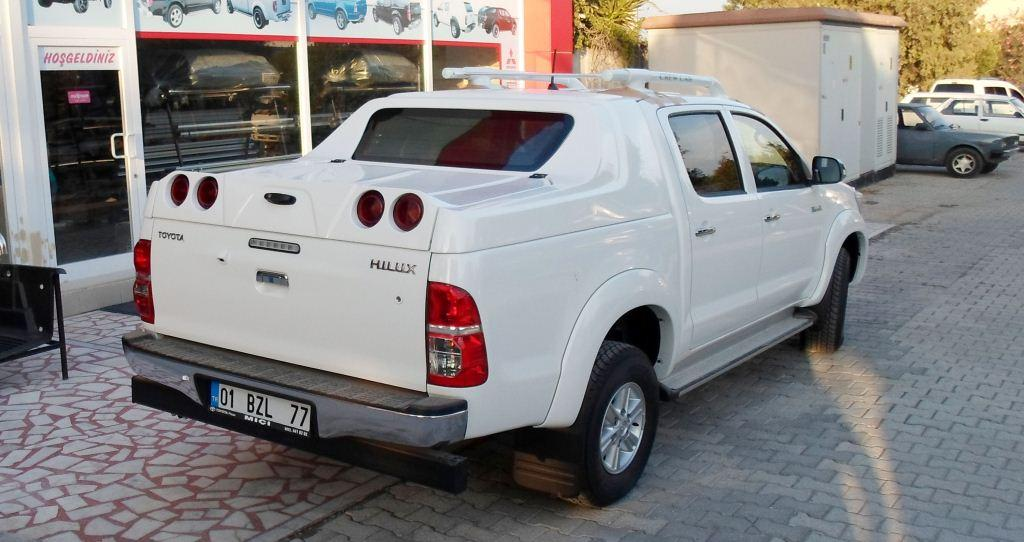 Кунг на Тойота Хайлюкс (Toyota Hilux)
