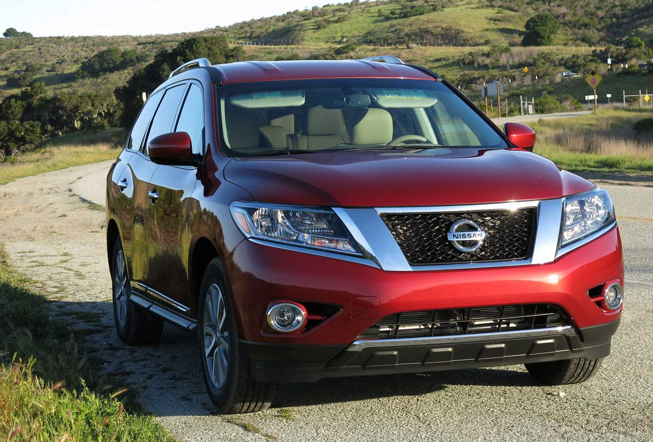 2015-Nissan-Pathfinder