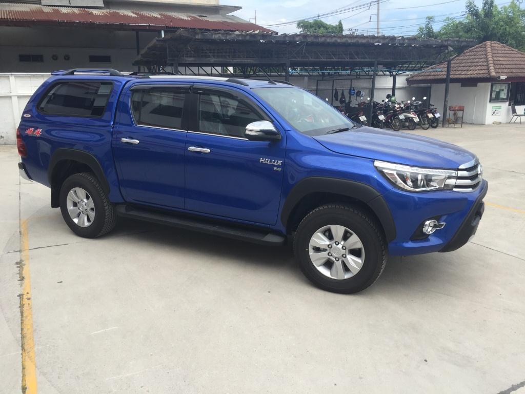 Toyota Revo Blue Color 004