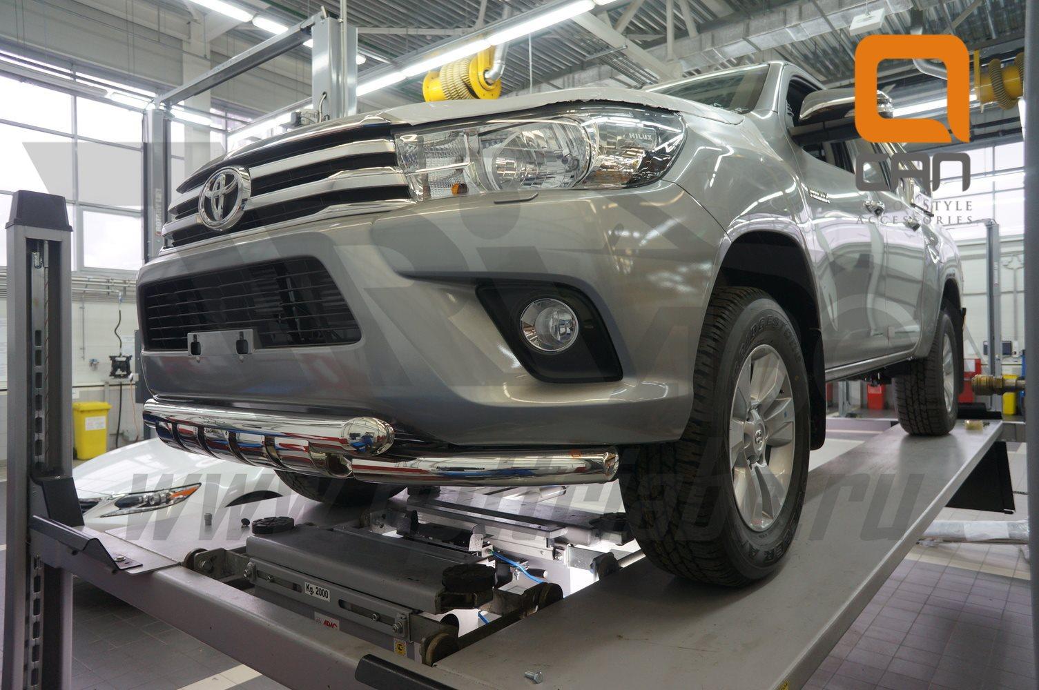Защита переднего бампера Toyota Hilux (2015-) (двойная Shark) d76 76 2